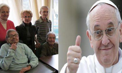 Papa Francesco risponde a nonni e bambini
