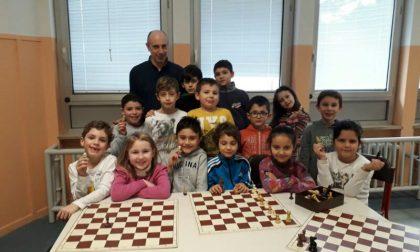 Lezioni di scacchi  a scuola col maestro Grigioni