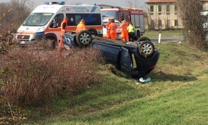 Grave incidente sulla SS526, tre auto coinvolte