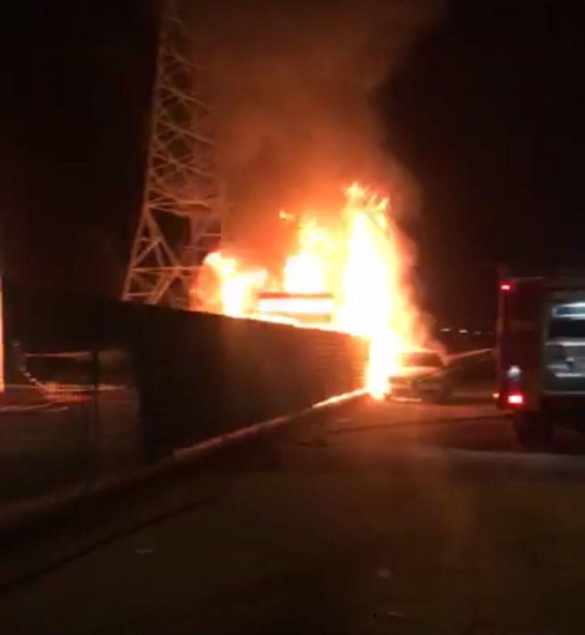 Busto Garolfo, incendio deposito pullman
