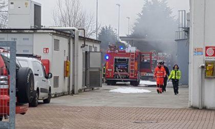 Grave incendio in una ditta chimica: un operaio ferito