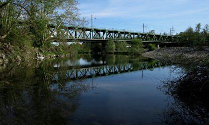 Chiude il ponte di ferro di Turbigo