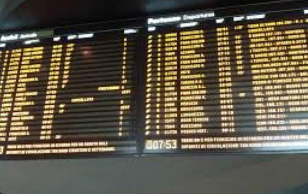 Mercoledì l'ennesimo sciopero dei treni: dalle 9 alle 17. L'avviso di Trenord