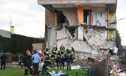 Esplode casa, quattro persone ancora in pericolo di vita