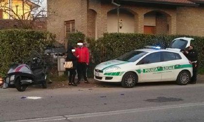Garbagnate: auto contro moto in via Peloritana