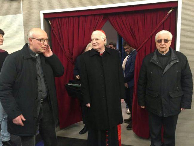 Il  cardinale Scola inaugura il rinnovato cinema Prealpi