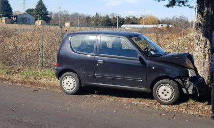 Malore per un 81enne: muore mentre guida la sua auto