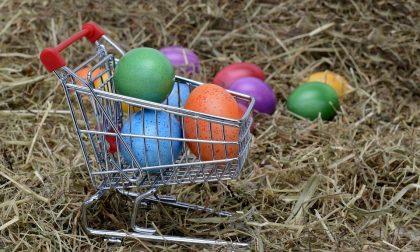 Pasqua 2018, caccia all'uovo nei negozi tradatesi