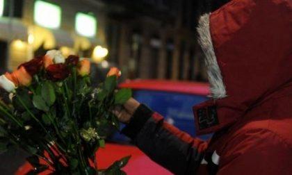 Venditore abusivo di fiori, irregolare denunciato