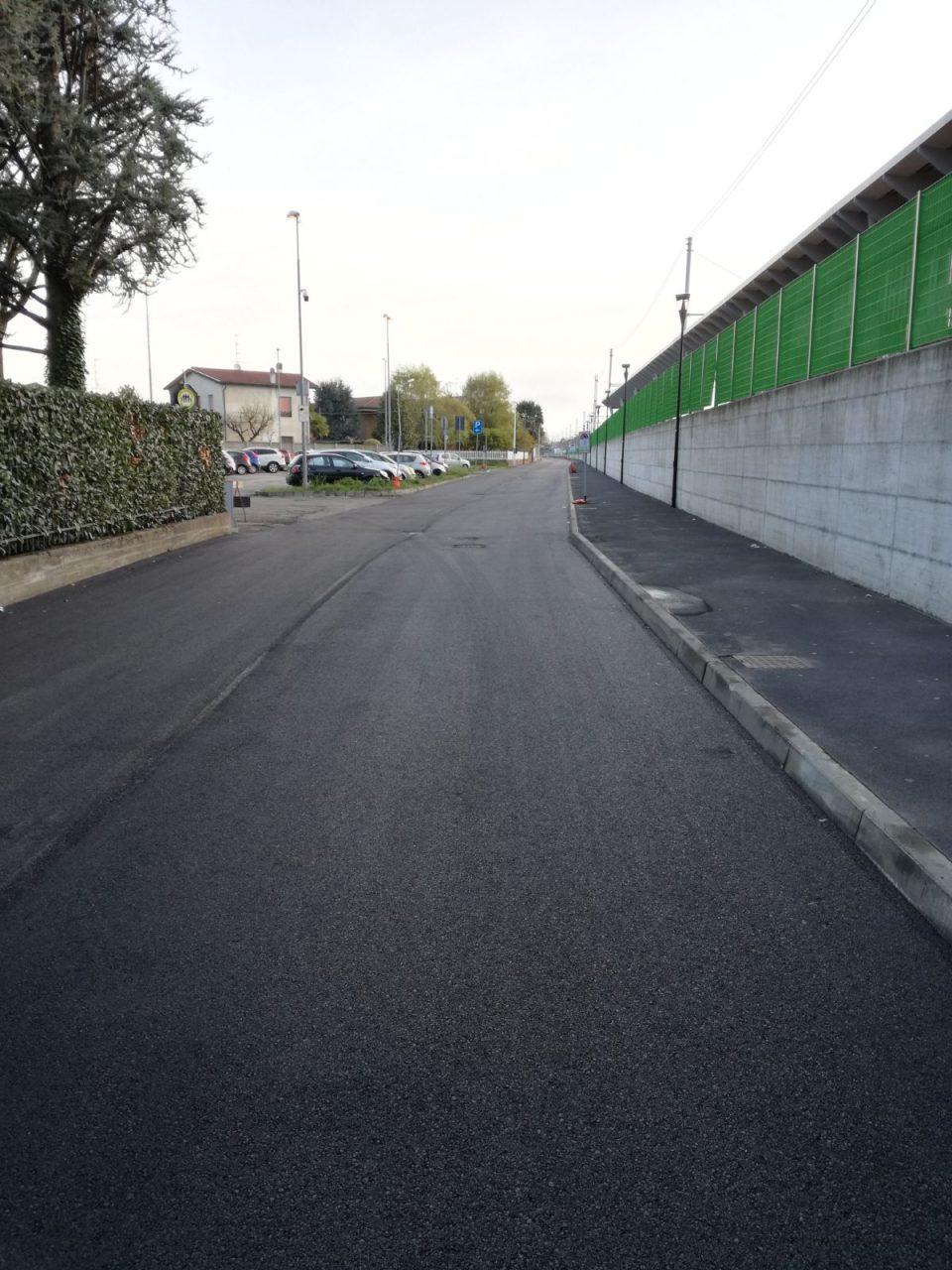 Castano Primo, via Ariosto finite asfaltature