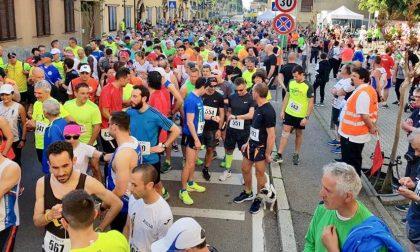 StrAvis, oltre 600 i partecipanti in corsa: il podio