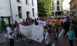 In duecento in piazza a Sedriano per la cagnolina uccisa