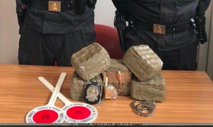Arrestati due spacciatori con oltre 5 kg di droga