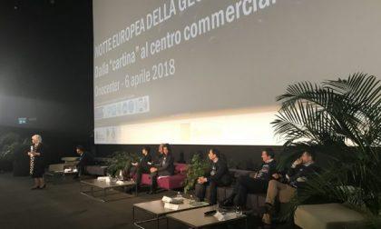Il centro commerciale è un luogo pubblico? Dibattito a Bergamo