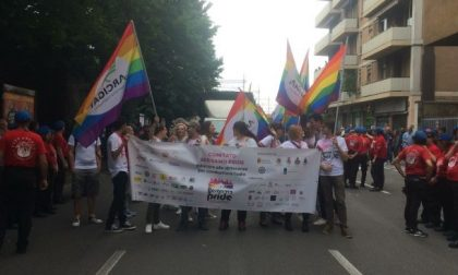 Gay Pride a Bergamo parte il corteo FOTO e VIDEO