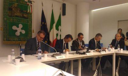 Regione Lombardia   firmato l'accordo per rilanciare il tema dell'autonomia VIDEO