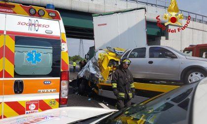 Incidente mortale sulla A4 tra Rho e la barriera di Milano FOTO