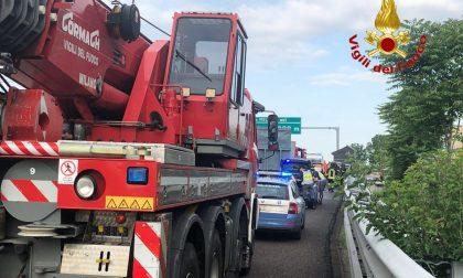 Incidente in Autostrada A4 con mezzo pesante: code verso Milano FOTO