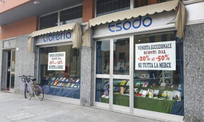 Arese, raccolta firme per salvare la libreria Esodo
