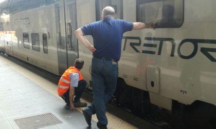 Treno bloccato, Trenord difende il suo operato