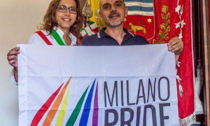 Gay Pride, il patrocinio di Bettinelli ma la Lega insorge