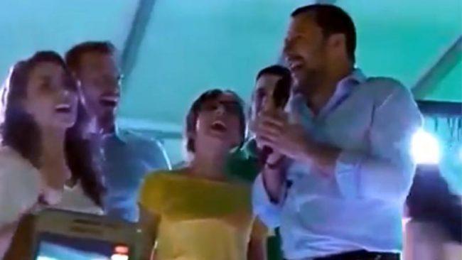 Salvini canta Io Vagabondo: &#8220&#x3B;Sono gli unici Nomadi che ci piacciono&#8221&#x3B;