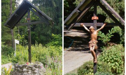Crocifisso rubato, ladri in azione nei boschi
