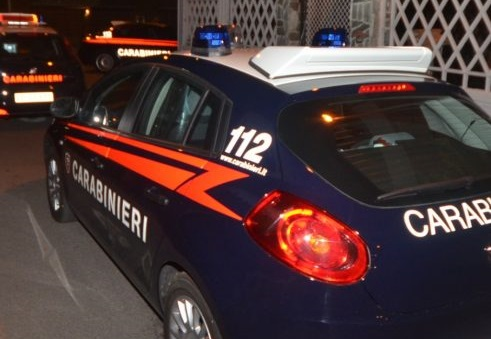 Cerro Maggiore, marito ubriaco picchia la moglie: arrestato