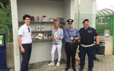 Nuovo rifornimento di libri per tutti in stazione a Ceriano