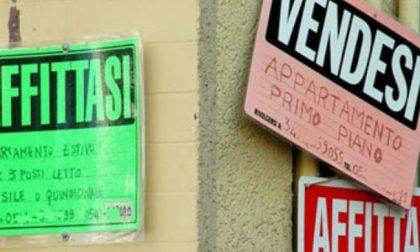 Vendesi casa, ma nessuno compra: col cartello in cinese… va a ruba!