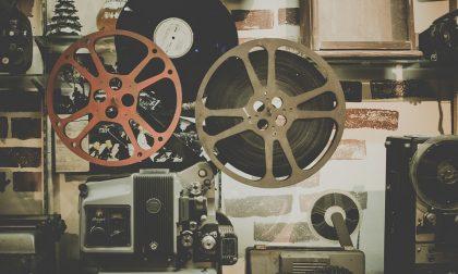 Cinema all'aperto: a Parabiago i film muti proiettati col cinemobile