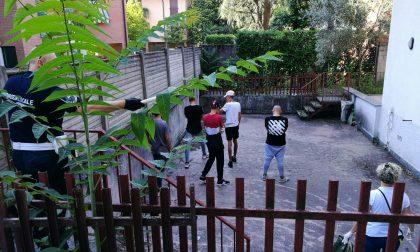 Blitz in via Pasubio, fuori gli irregolari dalla villa confiscata alla mafia