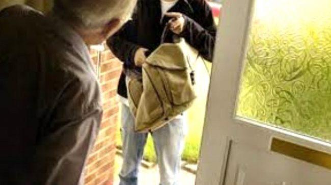 Anziano 95enne truffato in casa: portati via soldi e gioielli