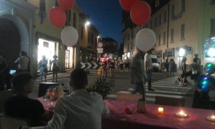 Notte rosso Magenta: un bagno di folla per le vie della città