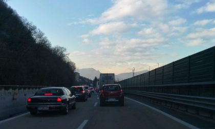 Incidente tra Cormano e Rho, code sull'A4