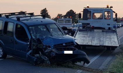 Schianto sulla Sp 114 a Cusago: due auto e una moto coinvolte