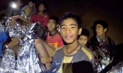 """Ragazzi bloccati nella grotta in Thailandia, Monsignor Cattaneo: """"Invitiamo l'allenatore a Saronno"""""""