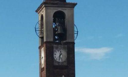 Maltempo a Mozzate: orologio del campanile in frantumi