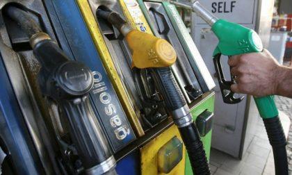 Distributori carburante: la fattura elettronica slitta al nuovo anno