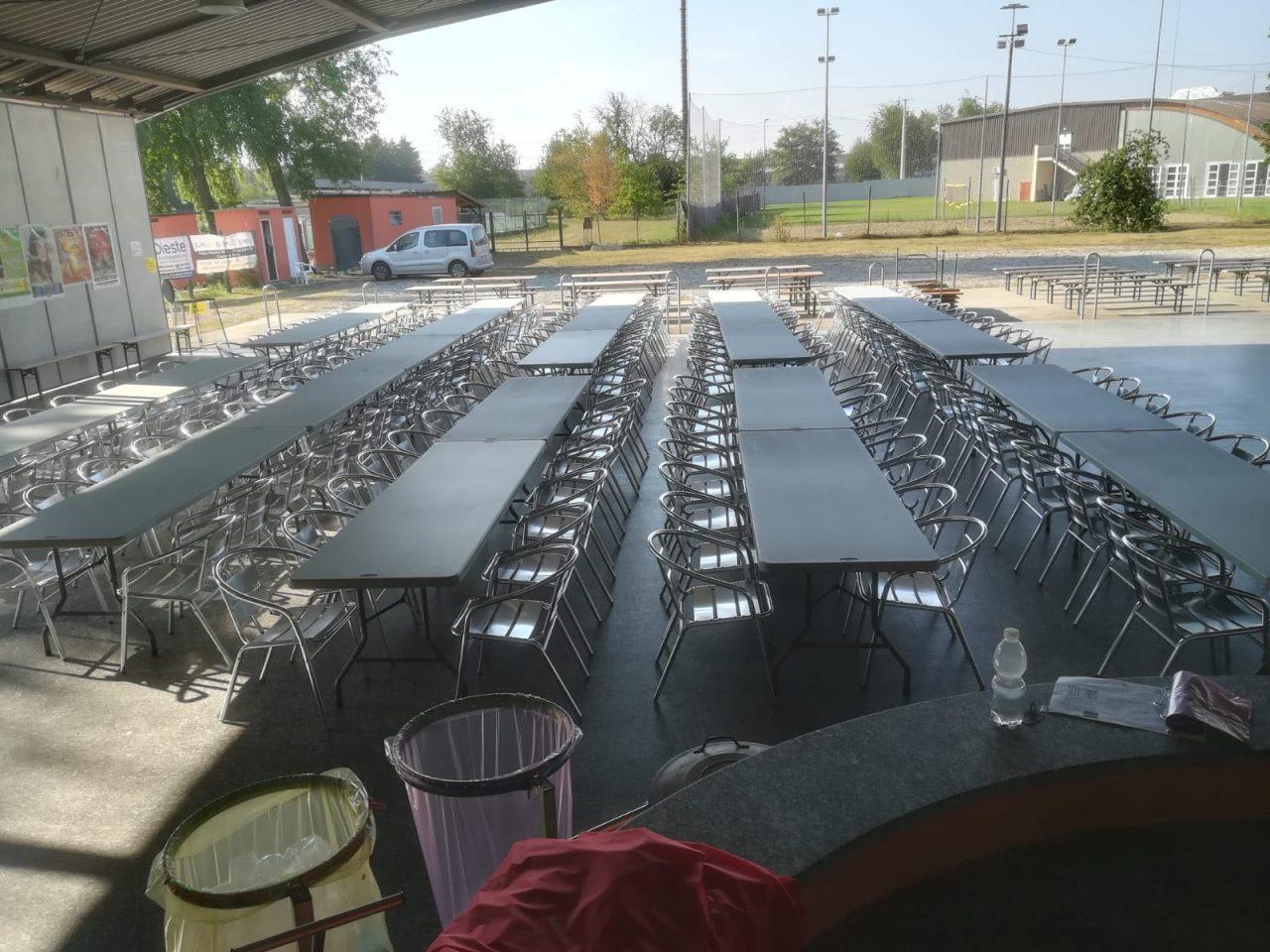 Castano Primo, nuovi tavoli in tensostruttura
