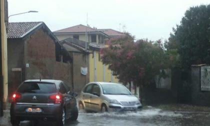 Bomba d'acqua: strade, garage e campi allagati nel Magentino