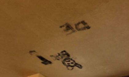 Ancora vandalismi: imbrattato muro biblioteca