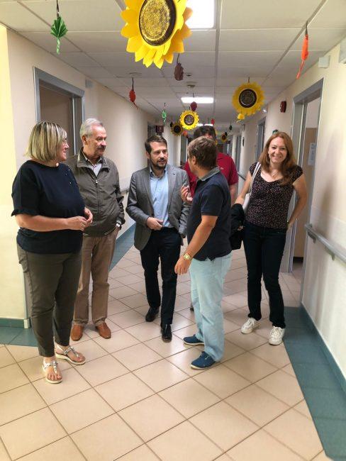 Bareggiom sindaco e consiglieri regionali visitano la casa di riposo
