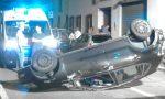 Auto ribaltata in via Battisti, paura a Parabiago