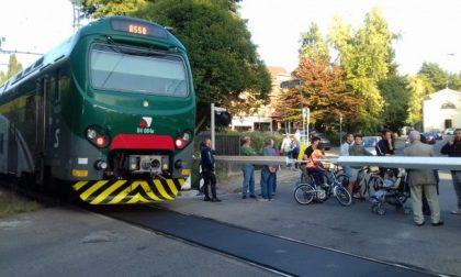 Treni e ritardi: donna travolta nel Comasco e linee intasate tra Como, Brianza e Milano