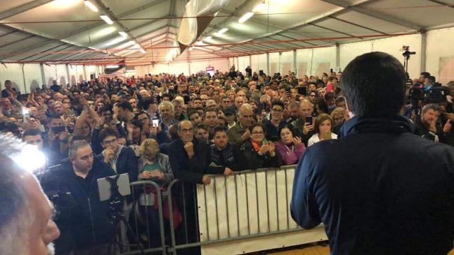 Garbagnate Milanese, Salvini alla festa della Lega