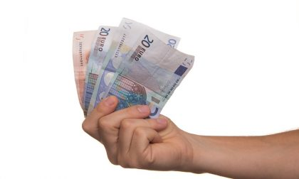 Prestiti: crollano le erogazioni di quelli senza busta paga