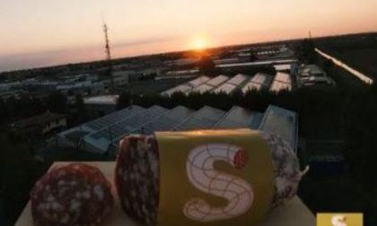 A Cremona il primo salame lanciato nello spazio VIDEO