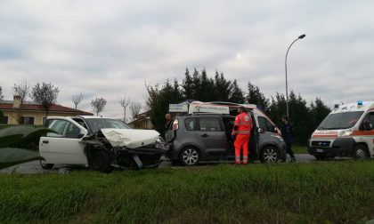 Maxi incidente a Sedriano: sei persone coinvolte, anche una bimba FOTO