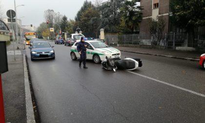 Incidente in corso Europa: centauro cade dalla moto FOTO